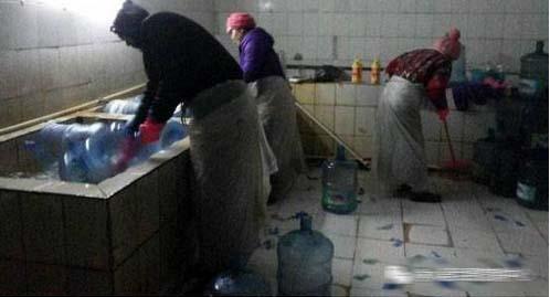 桶装水桶洗桶的过程