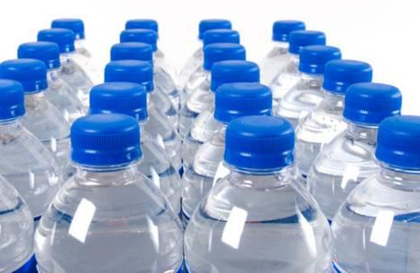 矿泉水中的矿物盐含量偏高、加重肾脏负担