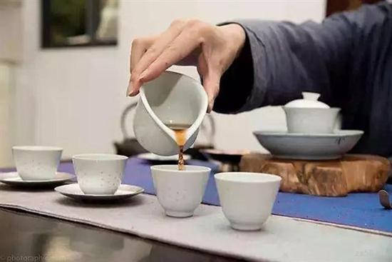 爱喝茶的人更易升职