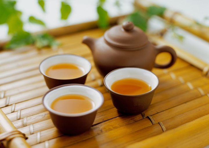 喝茶不宜过浓