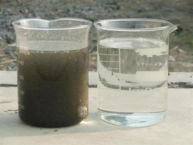 一样的水源,一杯是净水器净化出来的
