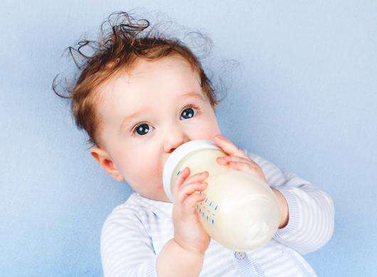 婴儿需要安全的水源