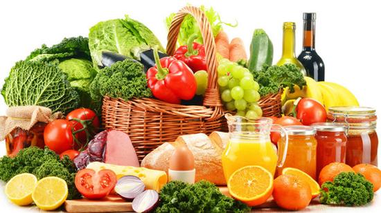 绝大部分的营养都是靠食物摄取的