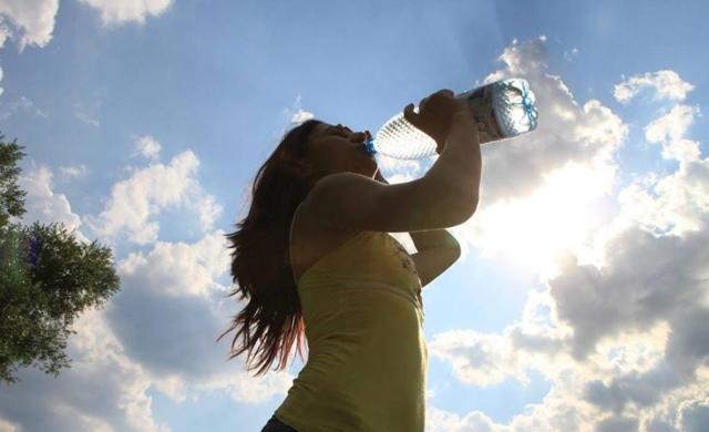 秋季健康喝水很重要