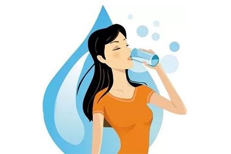 """你不是""""容颜易老"""",只是喝水太少……"""